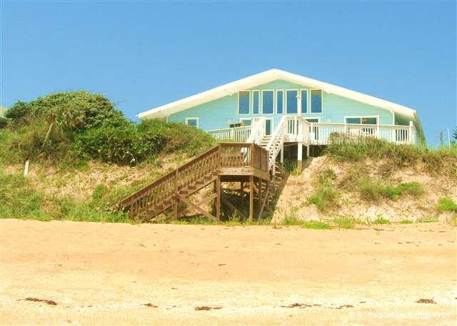 Blue Ocean Breeze sits high on dune and is beach front - Blue Ocean Breeze BeachFront House, Sleeps 14, HDTV, Wifi - Flagler Beach - rentals