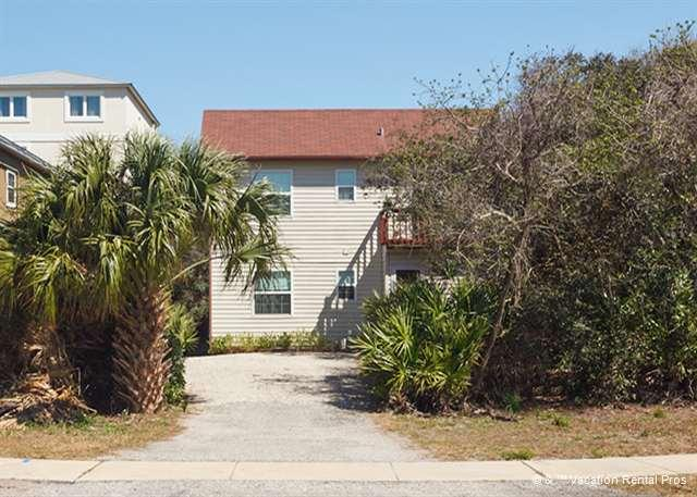 Get away from the hustle and bustle at our beach house! - Pelican Landing Beach House, 3 Bedrooms, HDTV, Wifi - Saint Augustine - rentals