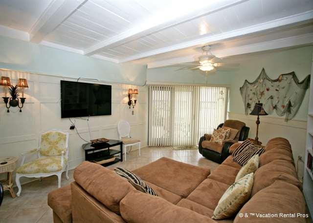 Island House B 107 Ground Floor Flat, Ocean Views, HDTV, Pool - Image 1 - Saint Augustine - rentals