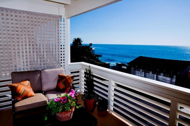 Southward view from balcony - Plan for Sept! - steps from the sand- great views! - Laguna Beach - rentals