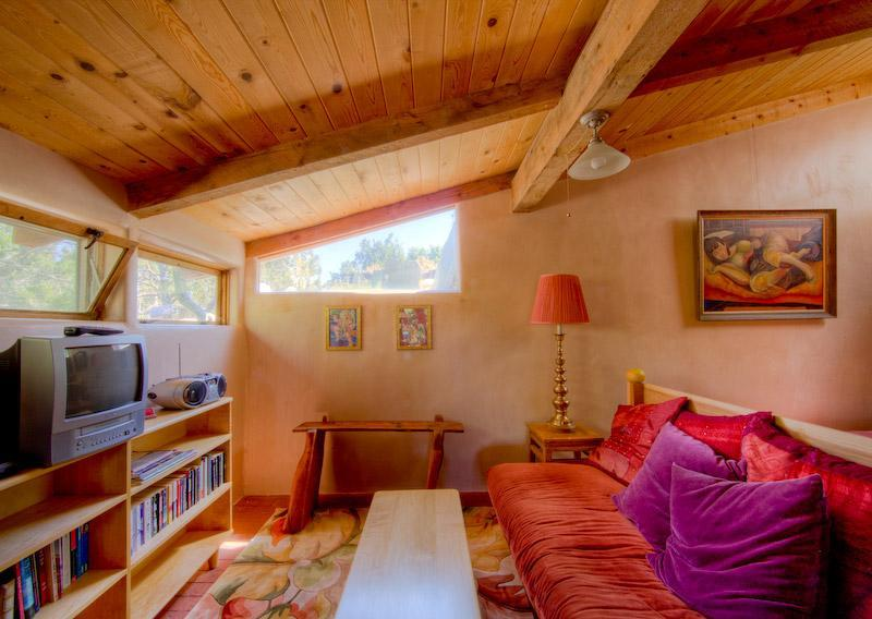 Sun Room, living area - Suitable Digs: cool green lodgings in Santa Fe - Santa Fe - rentals