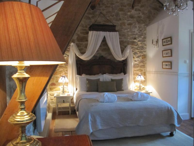 Chambre Josephine - La Bergerie au Bouyssou - Figeac - rentals
