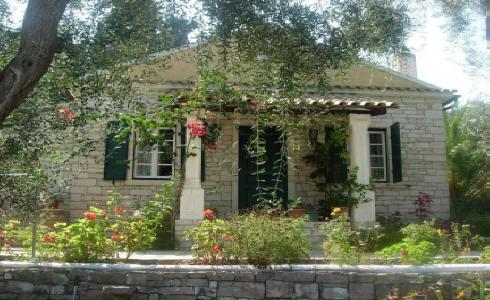 The cottage entrance - Marmari Stone Cottage in Paxos - Loggos - rentals