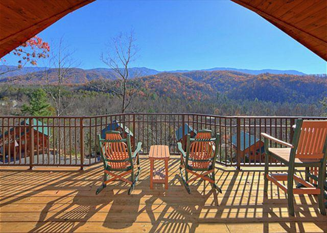 "Brand New 1 Bedroom Cabin with Jacuzzi, 4 Fireplaces and 55"" 3D TV w/Blu Ray - Image 1 - Gatlinburg - rentals"