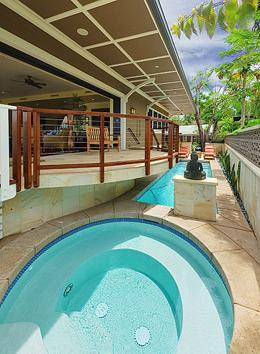 Dipping pool right off your lanai - Lahaina luxury 3.5 bedroom with pool and spa. - Lahaina - rentals