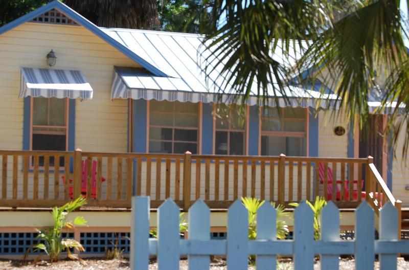 Eagle's Nest Cottage - Historic 1/1 cottage with Old Florida charm - Nokomis - rentals