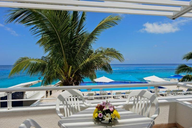 A lovely oceanfront one bedroom condo, Miramar 201 - Image 1 - Cozumel - rentals