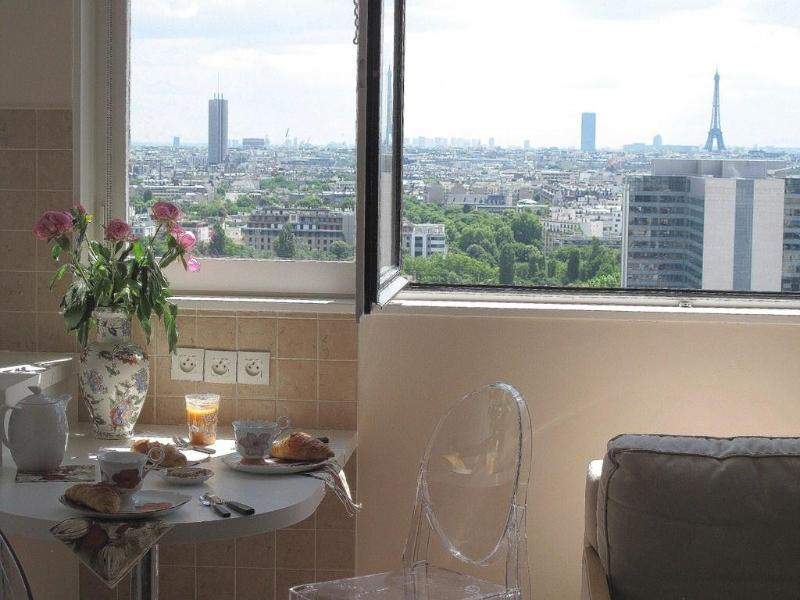 Breakfast with Eiffel Tour and Arc de Triomphe - Panoramic view onto Paris, Wifi, phone free, Pool - Courbevoie - rentals
