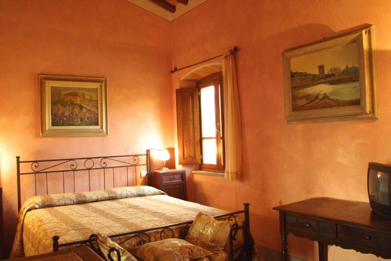 Beautiful Large 18th Century Villa in Tuscany with Private Pool Near Town - Villa Bucine - Image 1 - Bucine - rentals