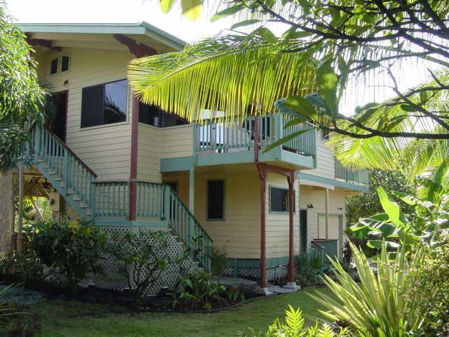 Dolphin Bay House - Best Location, Beautiful Home, Bay only 300ft! - Kealakekua - rentals