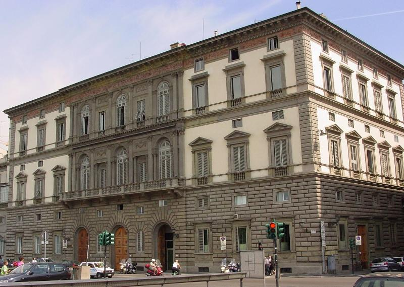 Facade - Luxury Apartment on the Arno in Central Florence - Florence - rentals