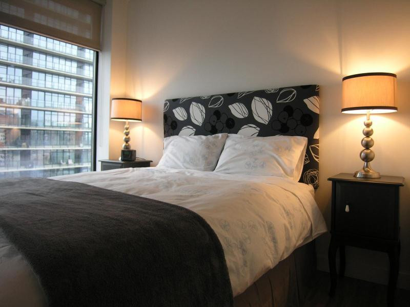 Bedroom - Stay at Woodwards, One of Vancouver's Top Condos - Vancouver - rentals