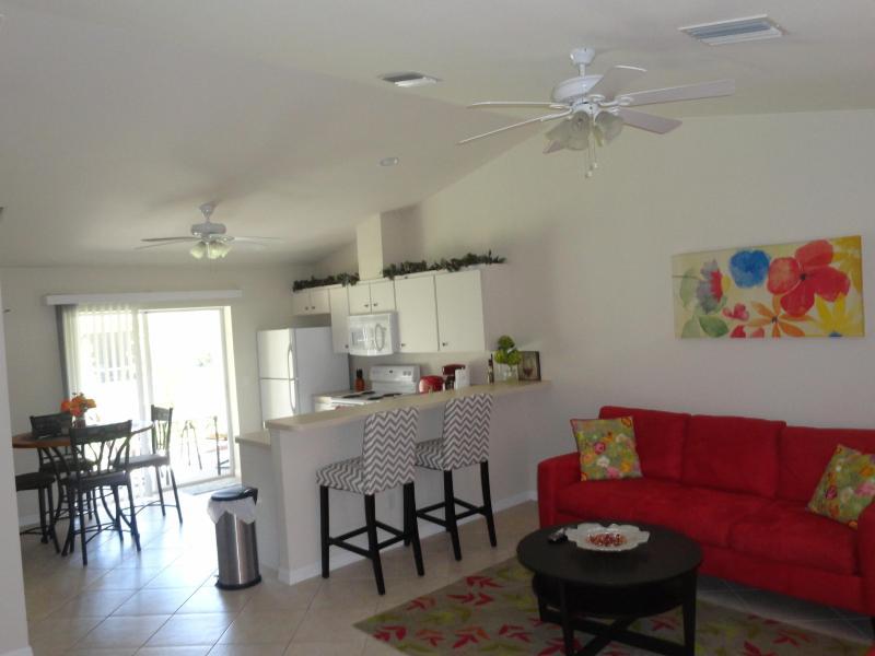 livingroom - Relaxing in Rotonda - Rotonda West - rentals