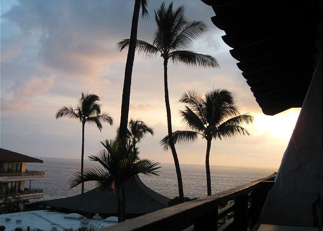 View from Lanai - Newly Remodeled Casa de Emdeko 328 -AC Included! - Kailua-Kona - rentals