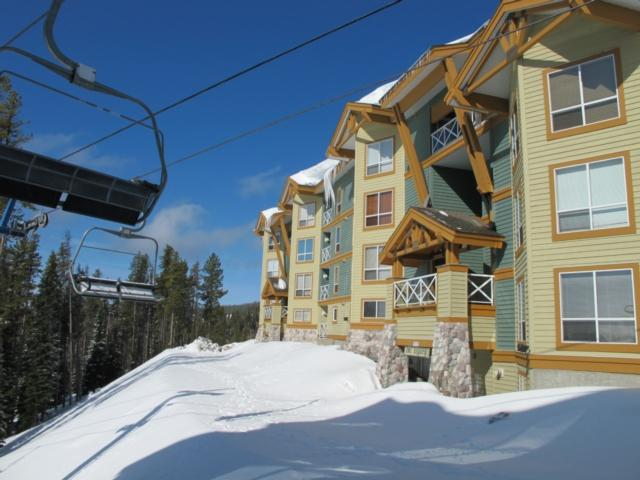 Amazing Condo with 3 Bedroom, 3 Bathroom in Big White (#401 - 215 Kettle View Road LEGCY401) - Image 1 - Big White - rentals