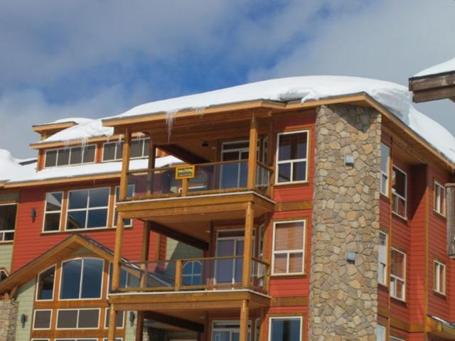 Great 2 BR, 2 BA Condo in Big White (#401 5050 Snowbird Way SNWBD401) - Image 1 - Big White - rentals