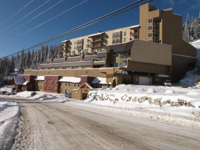Nice Condo with 2 Bedroom & 2 Bathroom in Big White (#801/802 - 7470 Porcupine Road MG801802) - Image 1 - Big White - rentals