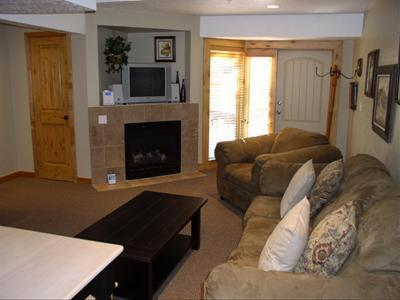 Beautifully appointed greatroom - Walk to Park City Mtn Resort lifts & free shuttle - Park City - rentals