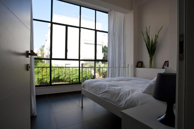 Chic & Stylish Apt in heart of TLV - Image 1 - Tel Aviv - rentals