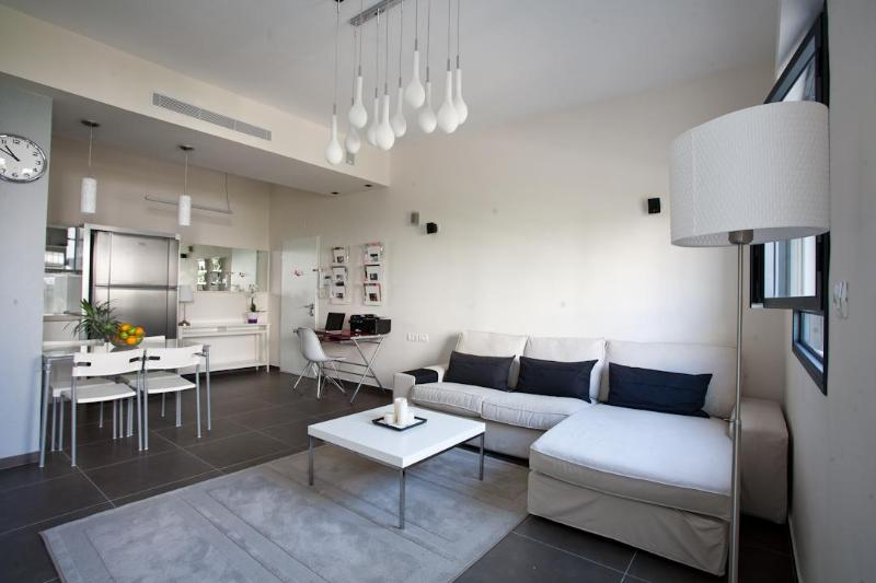 Chic & Stylish Apt in heart of TLV - Image 1 - Tel Aviv - rentals