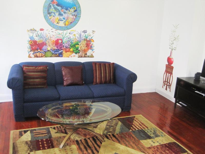 Large Elegant &Charming 1BrApt-12 min to Manhantta - Image 1 - Brooklyn - rentals