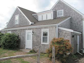 Amazing House with 4 BR-3 BA in Nantucket (9845) - Image 1 - Nantucket - rentals