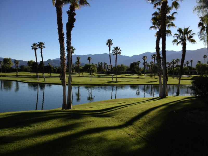 One of the Many Man Made lakes - Golf | Tennis | Spa | Pool | Vacation | 2 Master-S - Cathedral City - rentals