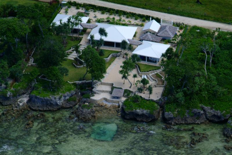 Aerial view of the house - Stunning Waterfront Luxury Villa:Bukurabeachhouse - Port Vila - rentals