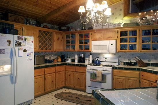 Beautiful Gourmet kitchen all new appliances - Moonlight Manor,luxury log home,spa,views,wifi,pet - Big Bear Lake - rentals