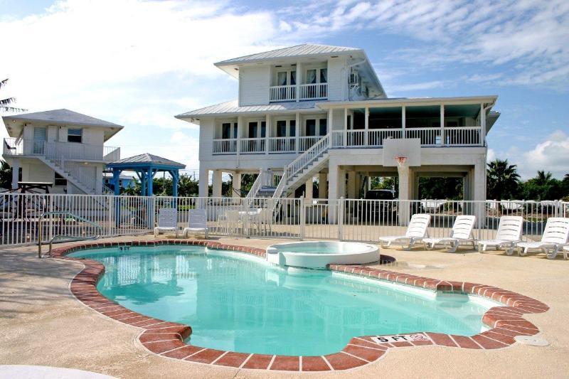 Main & Guest house - White Ibis Inn - Oceanview & Pool on 1.6 Acres - Cudjoe Key - rentals