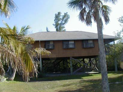 The Rum Runner House, on stilts - GULFVIEW ISLAND HOME, 4 Bedrooms (Sleeps up to 10) - Little Gasparilla Island - rentals