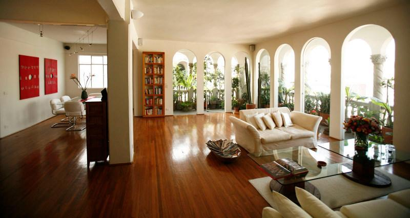 Open-plan living/dining  room - Luxury penthouse, superb views, in historic center - Mexico City - rentals