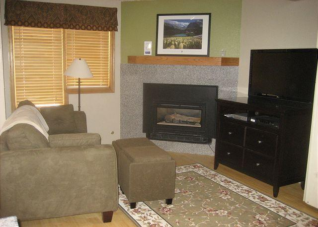 Living Area w/Sofa Sleeper - Remodeled Ski in Ski out Studio at the full service Iron Horse Resort. - Winter Park - rentals