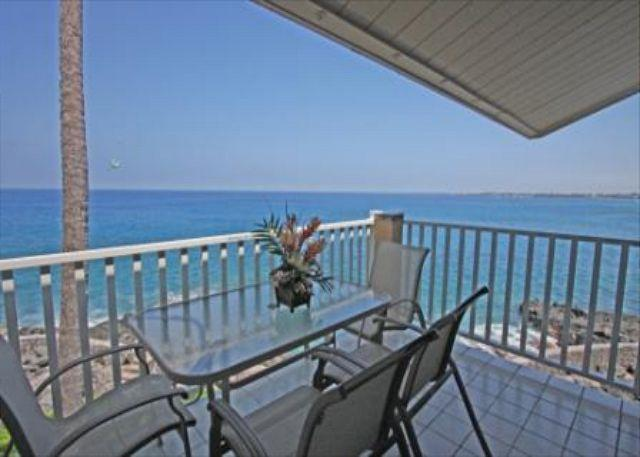 Sea Village 3317 - 1 bedroom, DIRECT OCEANFRONT, Top Floor, BREATHTAKING VIEW - Image 1 - Kailua-Kona - rentals
