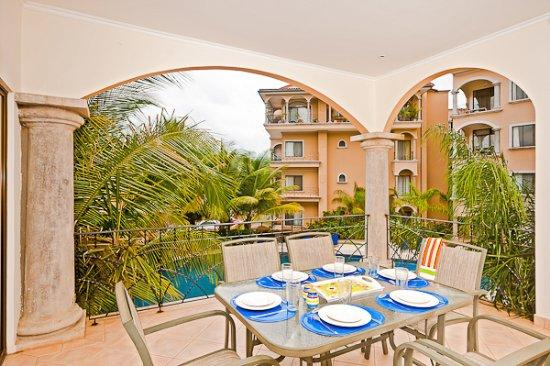 Best location in town. Amazing 3 bedroom condo walking distance to everything - Image 1 - Tamarindo - rentals