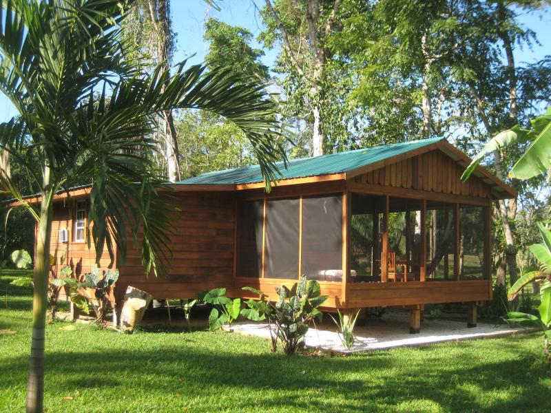 Casita Bonita with screened-in verandah - Secluded River & Jungle Oasis - Casita Bonita - Belmopan - rentals