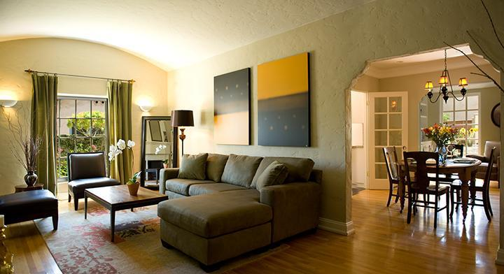 Living Room - Dining Room - Hollywood Studios Bungalow--Close to Walk of Fame - Los Angeles - rentals