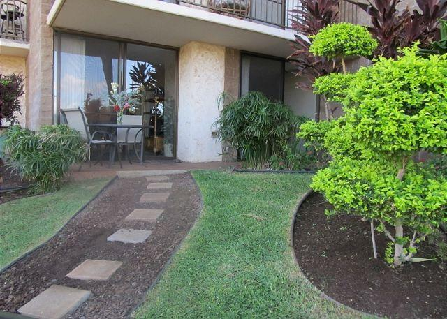 Kauhale Makai #104 - Kauhale Makai Oceanfront Complex with nice pool and hot tub. Great Rates!! - Kihei - rentals