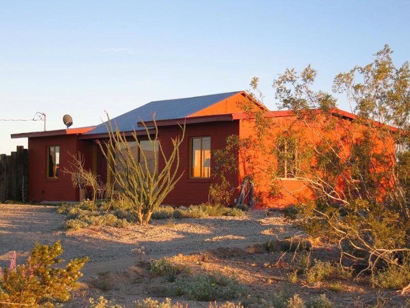 Todos Santos by Joshua Desert Retreats - Image 1 - Joshua Tree - rentals