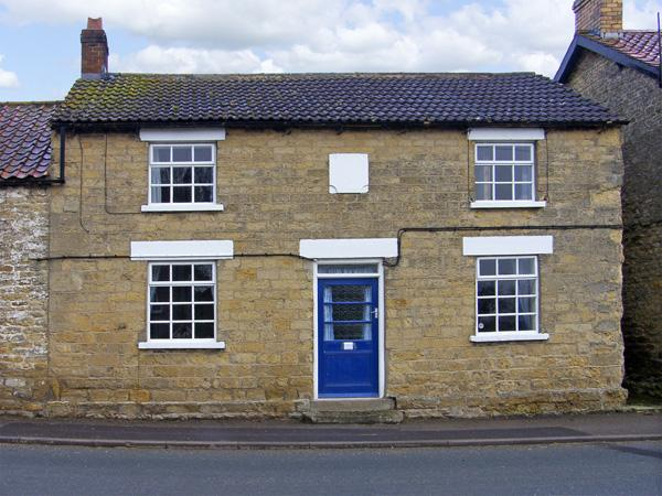 BOUNDCLIFFE FARM, pet friendly, character holiday cottage, with a garden in Allerston Near Pickering, Ref 3878 - Image 1 - Pickering - rentals