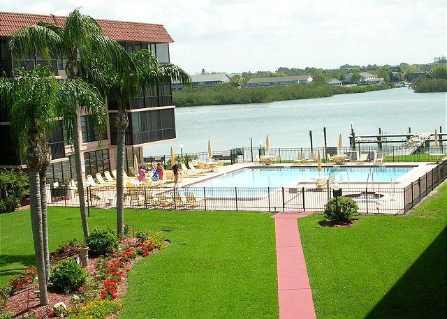 Bay Mariner Condominium 115 - Image 1 - Indian Shores - rentals