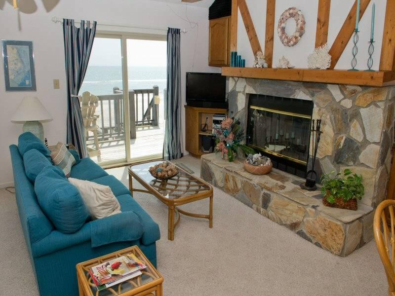 Ocean Reef 9-A-2 - Image 1 - Emerald Isle - rentals