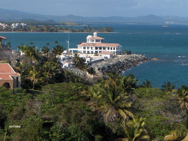SHELL CASTLE 52 - Image 1 - Humacao - rentals