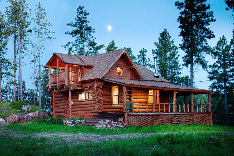 Moonlit Mountain Crest - Black Hills, SD -  Near Deadwood, Mickelson Trail, Other Famous Attractions - Mountain Crest - Unique, Hand-Hewn Log Cabin Views - Deadwood - rentals