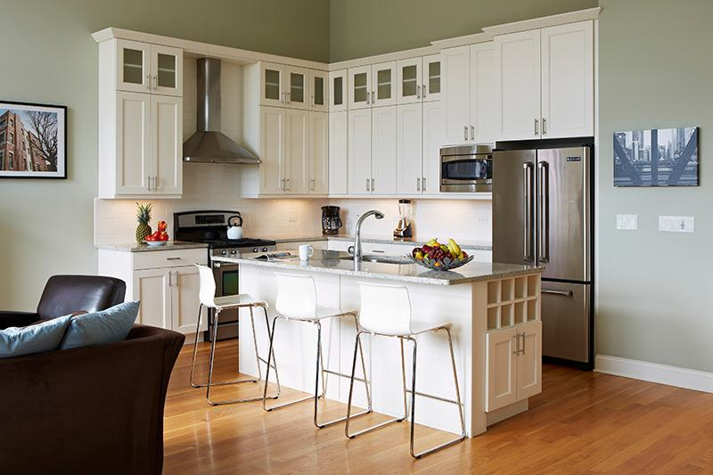 Gourmet kitchen in your Chicago vacation rental - Save Now on lux 3 BR/2Bath Chicago Vacation Rental - Chicago - rentals