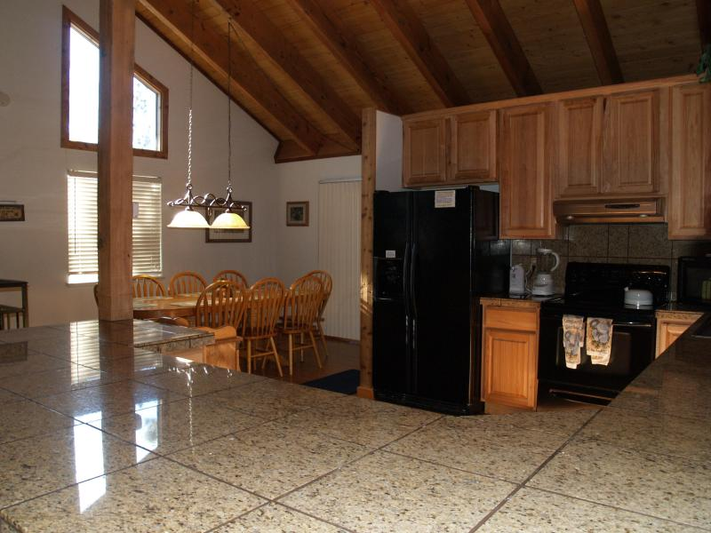 Dining Bar looking toward Dining table. - Hot tub WIFI,Near Casinos/Heavenly $1859 Wk.Total! - Stateline - rentals