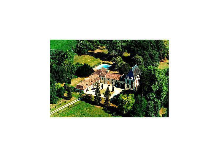 france/aquitaine/chateau-de-simon - Image 1 - Lalandusse - rentals