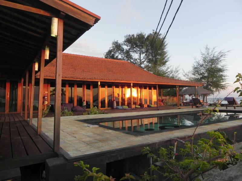 The villa with Sunrise - Beachfront Villa Kokita Gili Trawangan - Gili Trawangan - rentals