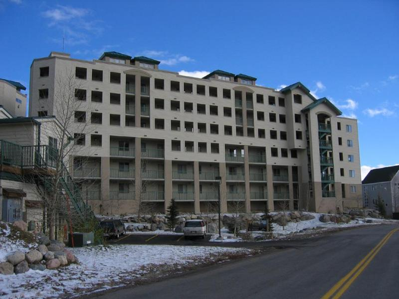 "Front of ""THE TOWERS"" - Up to 30% off  Lakepoint Towers on Lake Dillon - Frisco - rentals"