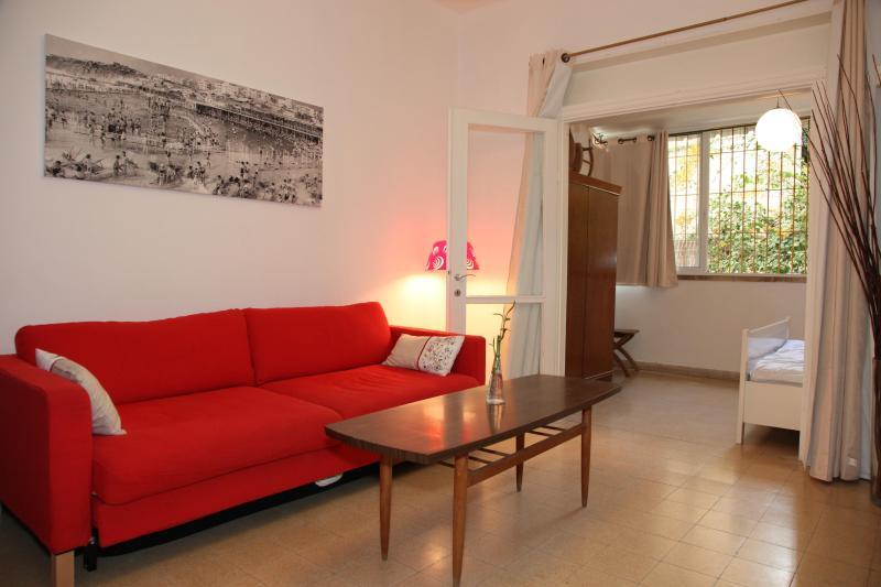 Living Room - apt 2 - Mendele Mocher Sforim - Tel Aviv - rentals